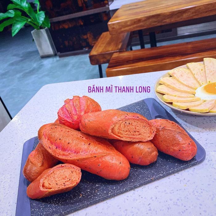 Suốt mùa dịch, Lê Phương phải vào bếp làm hoài một món để chiều chồng trẻ Ảnh 8