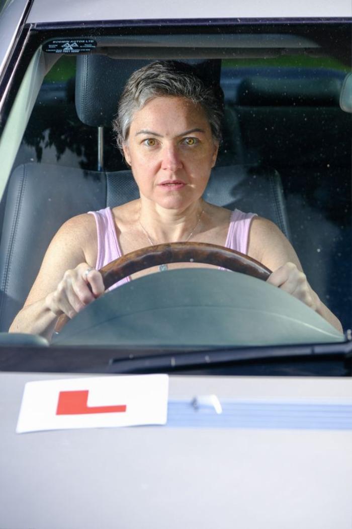 Người phụ nữ dành 30 năm với hơn 1000 buổi học vẫn không thể có bằng lái xe Ảnh 1