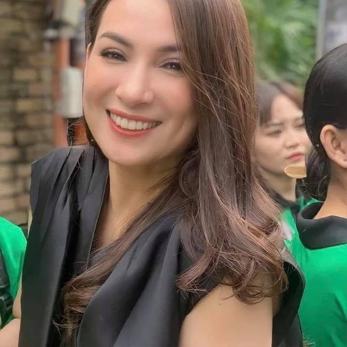 Quản lý Phi Nhung cập nhật tình hình sức khỏe của nữ ca sĩ, sao Việt và netizen liên tục cầu nguyện Ảnh 1