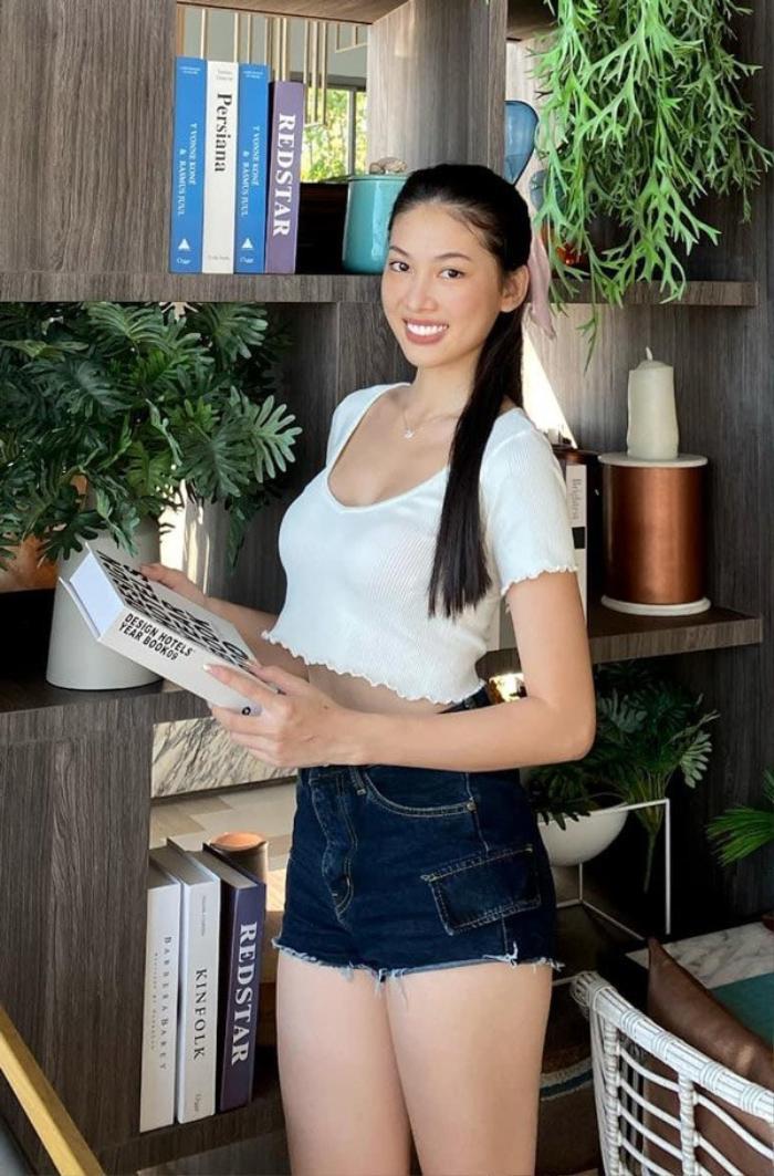 Á hậu Việt trả lời khôn khéo khi bị hỏi chỉnh sửa nhan sắc trước khi thi Hoa hậu Ảnh 2