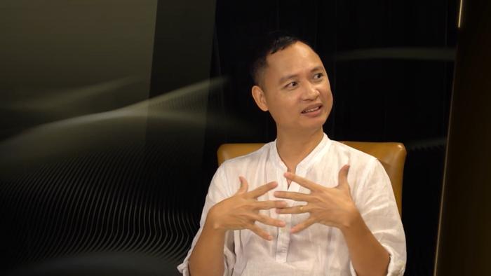 Dàn Master nói gì về MV 'mới toanh' của Quân A.P ra mắt ngay tại The Heroes?