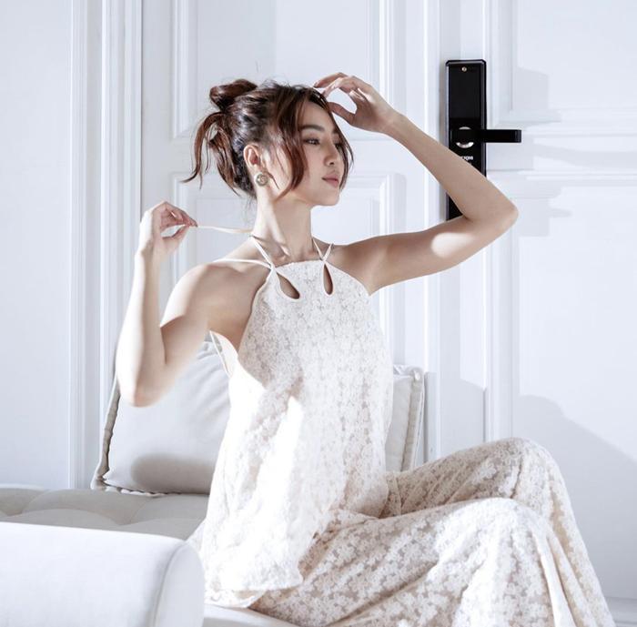 Hoa hậu Tiểu Vy và Ninh Dương Lan Ngọc chung một set đồ liệu có bị hai số phận? Ảnh 4