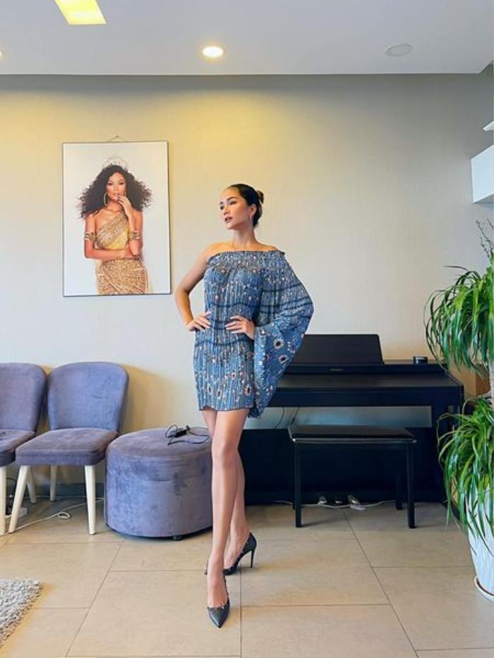 Quần 80 ngàn của mẹ, H'Hen Niê mix ra bộ váy sang chảnh, đẳng cấp Top5 Miss Universe là đây! Ảnh 3