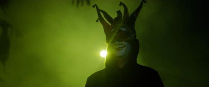Ưng Hoàng Phúc phát điên, Thu Thủy hóa người tình của ông trùm trong phim tâm lý tội phạm 'Sói già' Ảnh 9