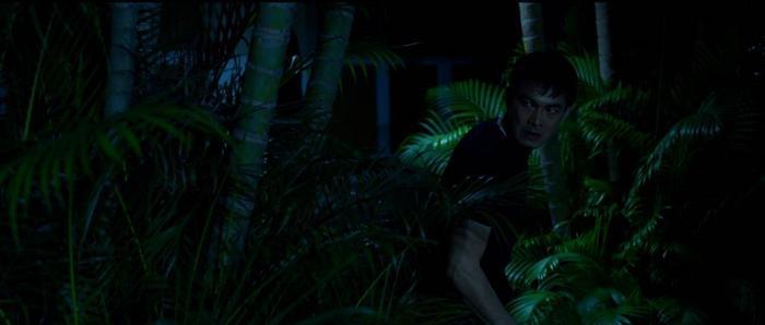 Ưng Hoàng Phúc phát điên, Thu Thủy hóa người tình của ông trùm trong phim tâm lý tội phạm 'Sói già' Ảnh 7