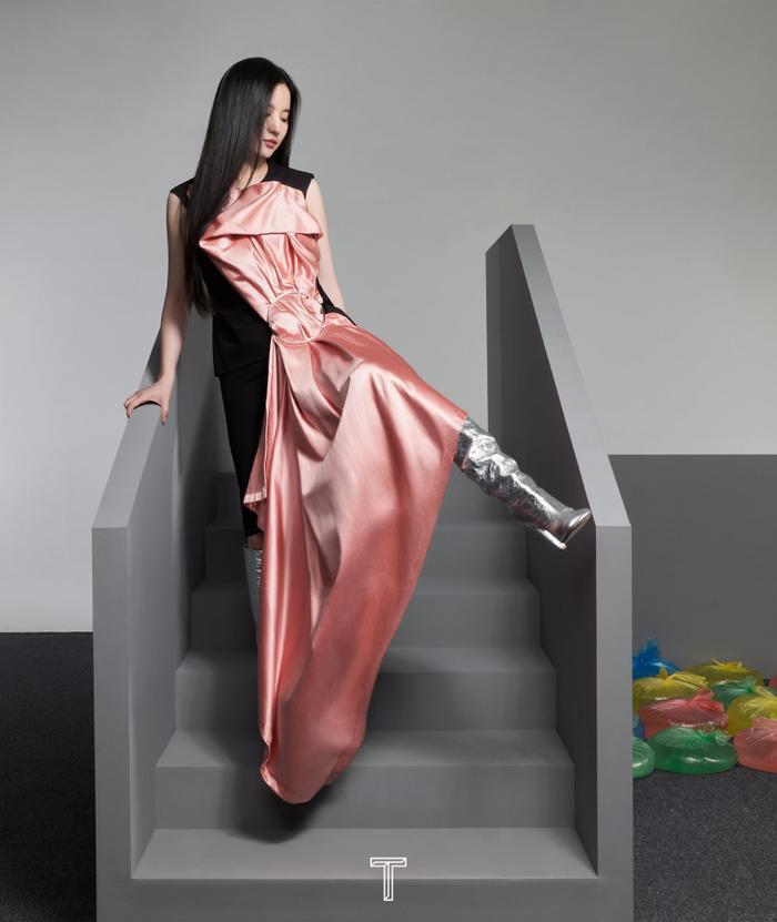 Lưu Diệc Phi mang high fashion xuất hiện trên tạp chí T số Kim Cửu Ảnh 6