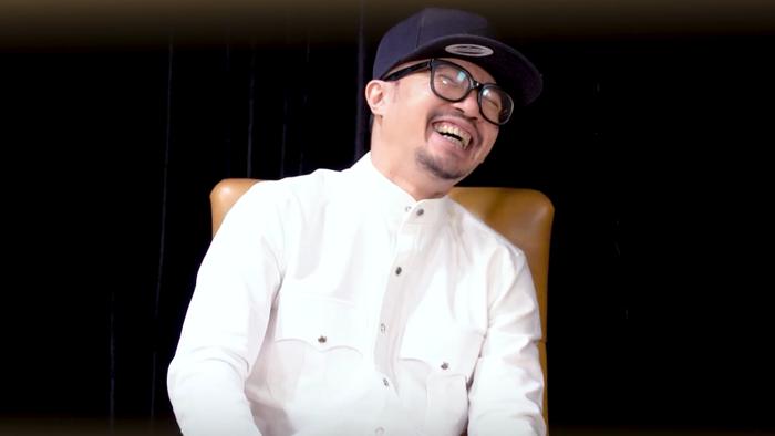 Master Hà Lê bị 'hỏi khó' trên sóng truyền hình nhưng cách xử lí khiến ai nấy trầm trồ
