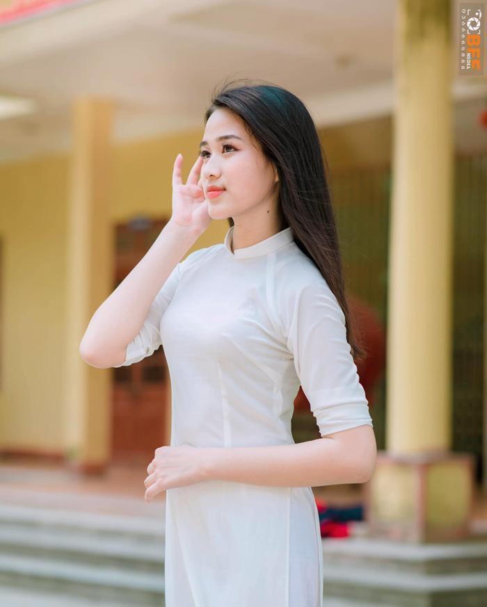 Hoa hậu Đỗ Thị Hà tự tin nói tiếng Anh, có đủ làm ấm lòng fan Việt? Ảnh 3