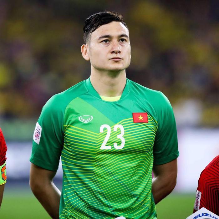 Ngắm body 'hút mắt' của dàn tuyển thủ chuẩn 'soái ca' cao hơn 1m80 của đội tuyển Việt Nam đá trận tối nay Ảnh 1