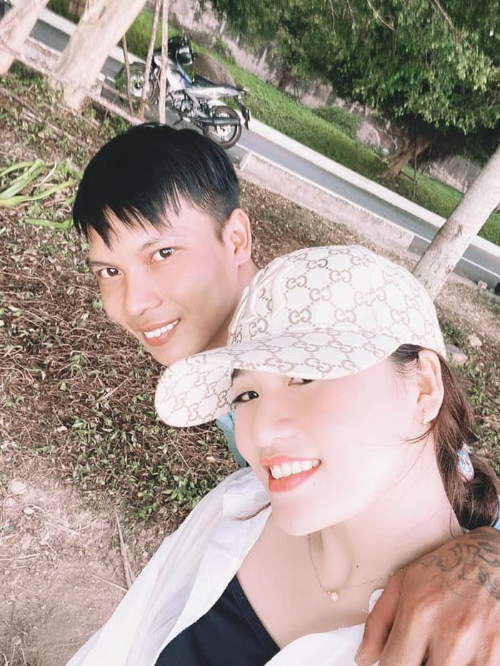 Vợ vừa công khai muốn li hôn, Lộc Fuho than vãn buồn, lên tiếng nói rõ lí do bà xã đồng ý cưới Ảnh 2