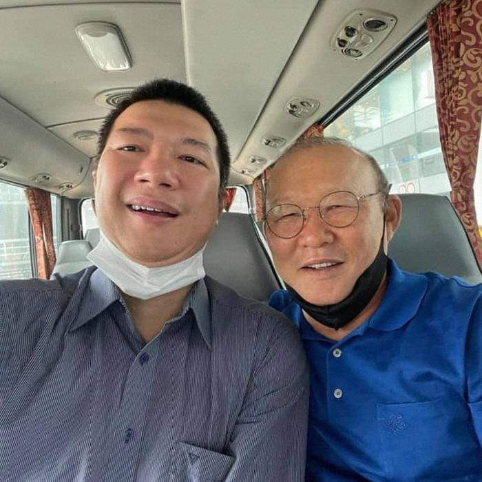 BLV Quang Huy viết tâm thư gửi ĐT Việt Nam, 'bật mí' mối liên quan ít ai biết giữa thầy Park và HLV ĐT Úc Ảnh 1