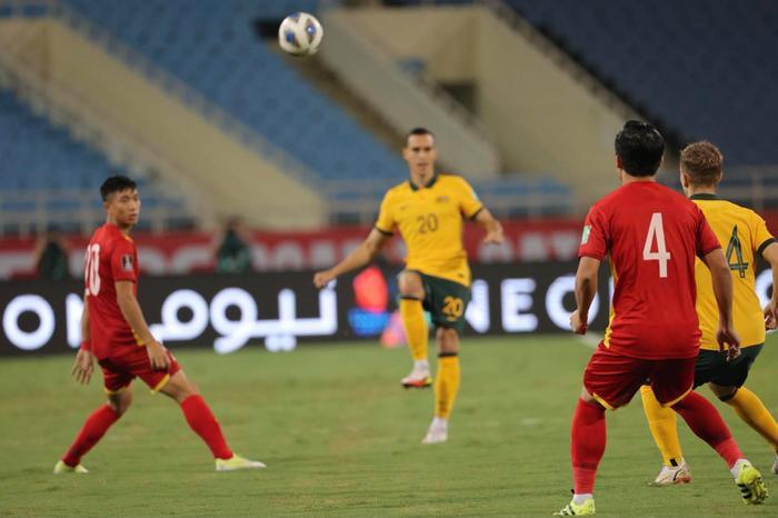 Không dễ chơi như Trung Quốc, tuyển Việt Nam làm khó Úc Ảnh 7