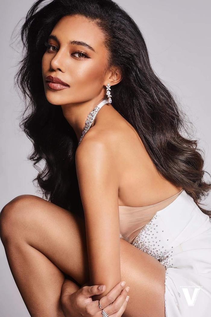 Đại diện Việt Nam - Thùy Tiên được dự đoán lọt Top 7 Miss Grand International 2021 Ảnh 4