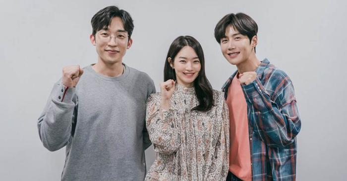 4 lý do khiến các mọt phim Hàn 'đổ đứ đừ' trước 'Hometown Cha-Cha-Cha' Ảnh 14