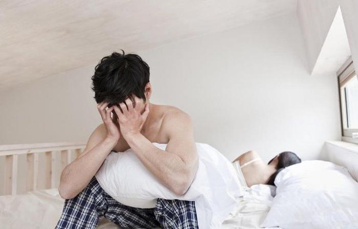 Cảm thấy vướng ở bộ phận sinh dục khi quan hệ cùng vợ mới cưới, người đàn ông đi khám và phát hiện sốc Ảnh 2