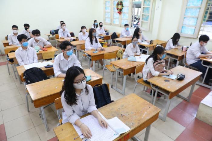 Đề xuất mở cửa trường học, cho học sinh vùng an toàn trở lại trường ở TP.HCM Ảnh 1