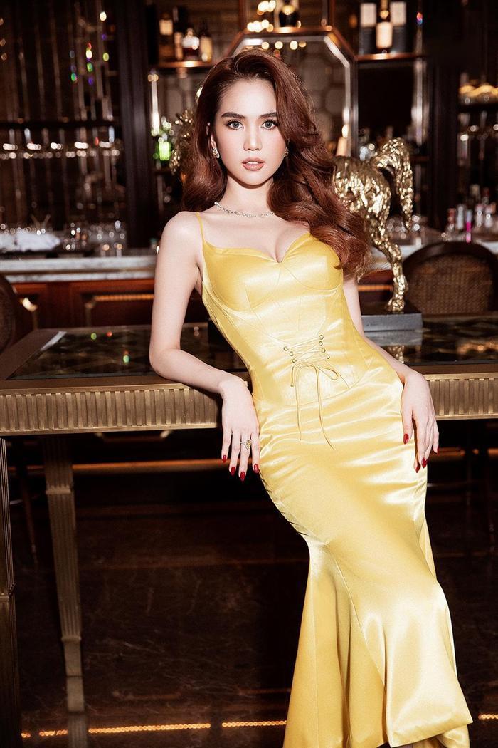 'Mỹ nhân đẹp nhất Malaysia' gợi cảm là thế vẫn bị nhận xét thua xa Ngọc Trinh Ảnh 6