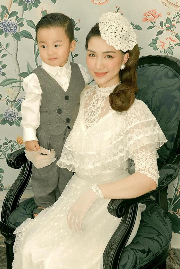 Sao Việt 9X có con trước hôn nhân: Người vui mừng đón nhận, người giấu nhẹm, còn hứng loạt chỉ trích Ảnh 6