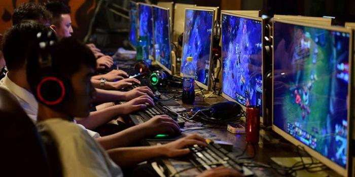 Trẻ em Trung Quốc tìm cách 'lách luật' khi bị giới hạn thời gian chơi game Ảnh 1