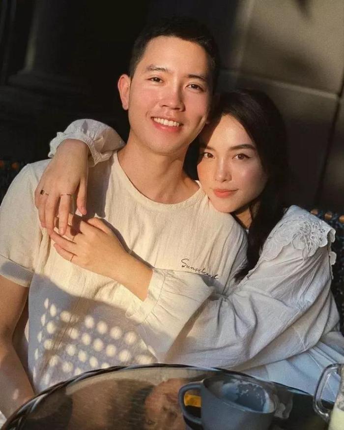 Cơ trưởng đẹp trai nhất Việt Nam - Quang Đạt bị bạn gái tố: 'Muốn đụng vô phải chuyển khoản' Ảnh 2