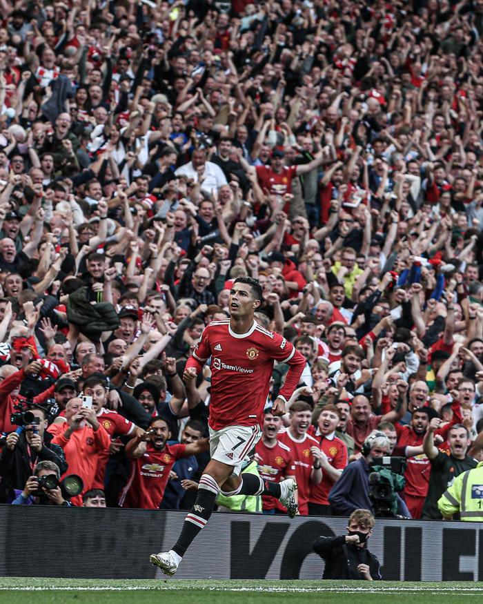 MU 4-1 Newcastle: Ronaldo đã 36 tuổi, tin nổi không? Ảnh 1