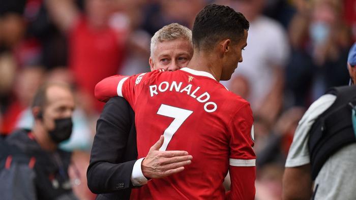 'Ronaldo vẫn là tay săn bàn lạnh lùng và tàn nhẫn' Ảnh 1
