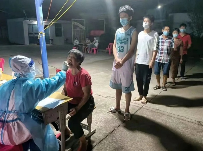 Trung Quốc bùng phát dịch Covid-19 từ ca mắc ủ bệnh 38 ngày, trải qua 9 lần xét nghiệm âm tính Ảnh 5