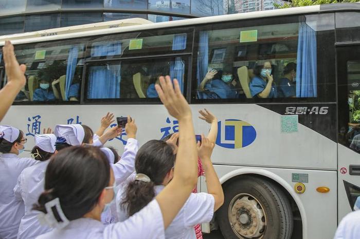 Trung Quốc bùng phát dịch Covid-19 từ ca mắc ủ bệnh 38 ngày, trải qua 9 lần xét nghiệm âm tính Ảnh 4