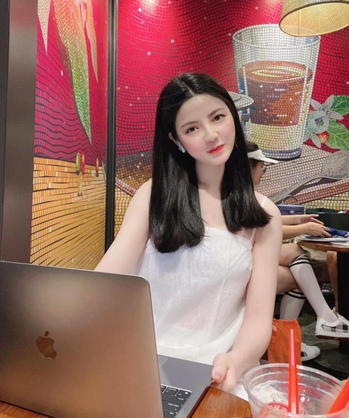 Tình mới của Quang Hải nói một câu về Nhật Lê khiến netizen 'rần rần' Ảnh 5