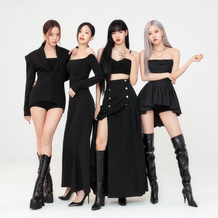 BlackPink tiếp tục chốt đơn màn collab quốc tế tiếp theo, có cả nhân vật vừa hợp tác với BTS