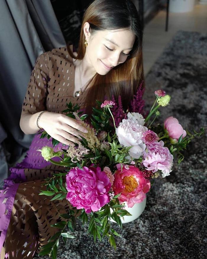 Nữ diễn viên 'Suýt thất tình thầm yêu anh chồng' Mew Nittha hạ sinh con đầu lòng Ảnh 7