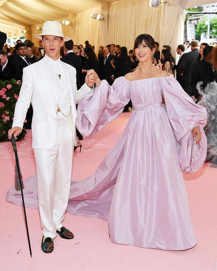 12 trang phục đôi khiến báo chí tốn giấy mực nhất trong lịch sử Met Gala Ảnh 4