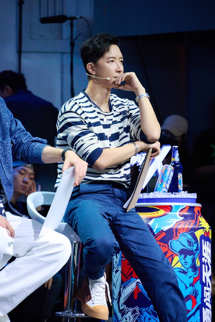 Vương Nhất Bác và Trương Nghệ Hưng được đánh giá có EQ cao trong tập 5 Street Dance 4