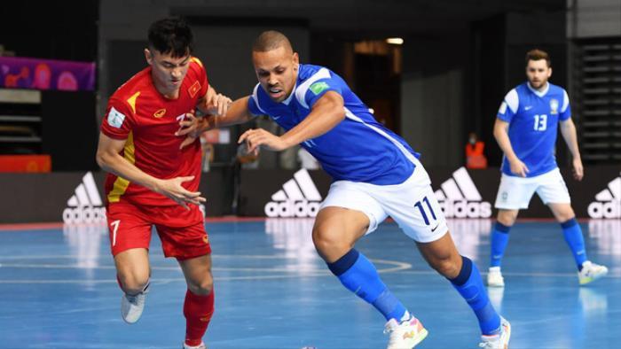 Việt Nam thua Brazil 1-9: Đẳng cấp chênh lệch Ảnh 1