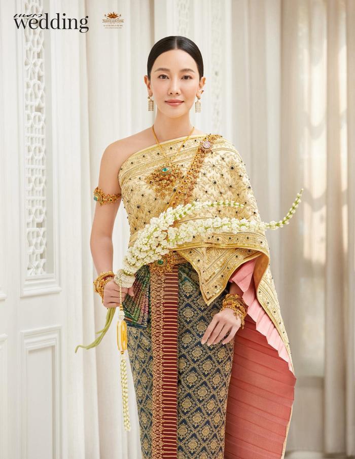 Màn đọ sắc của các mỹ nhân Thái Lan khi diện đồ cổ trang: Liệu Lisa có 'vượt mặt' được các đàn chị?