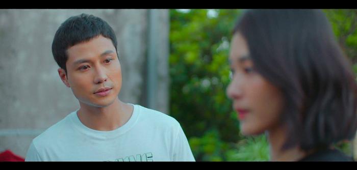Netizen bắt lỗi một cảnh phim trong '11 tháng 5 ngày': Tưởng ngôn tình ai dè phi thực tế quá!
