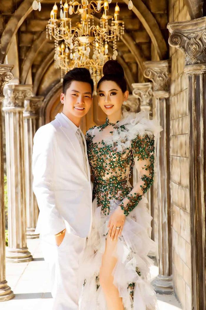 Hậu tuyên bố 'li thân' với chồng, Lâm Khánh Chi bày tỏ quan điểm 'giữ lửa' hạnh phúc