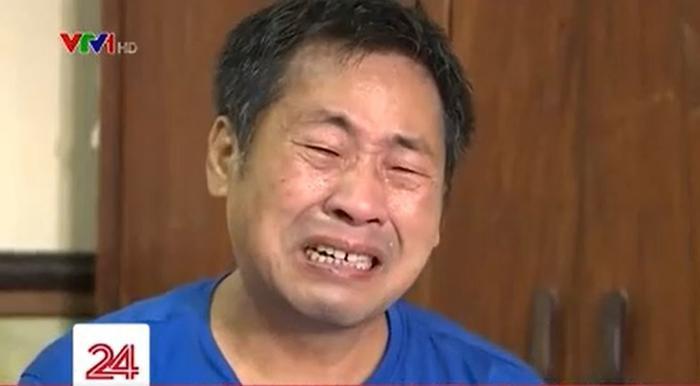 Hoàn cảnh gia đình khó khăn, ông bố bật khóc vì không thể mua điện thoại cho con học online Ảnh 4