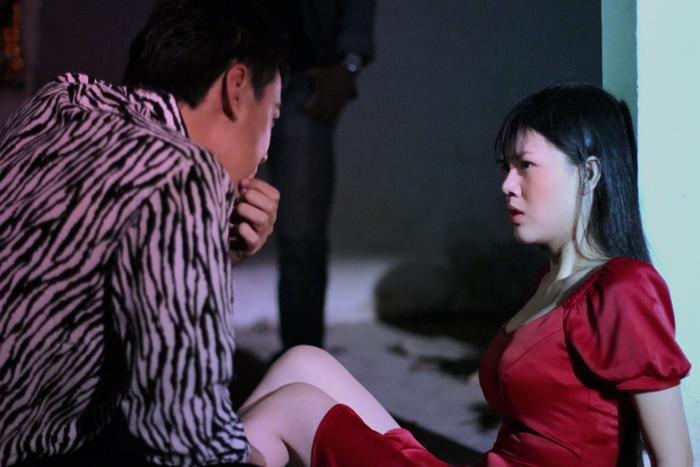 Diễn viên Ngọc Trinh bất ngờ tái xuất sau thời gian cạo đầu quy y, còn cân hẳn 2 vai chính trong phim mới Ảnh 8
