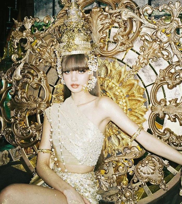 Miss Grand VietNam Thùy Tiên cosplay Lisa, fan ngây ngất vì quá đẹp Ảnh 5