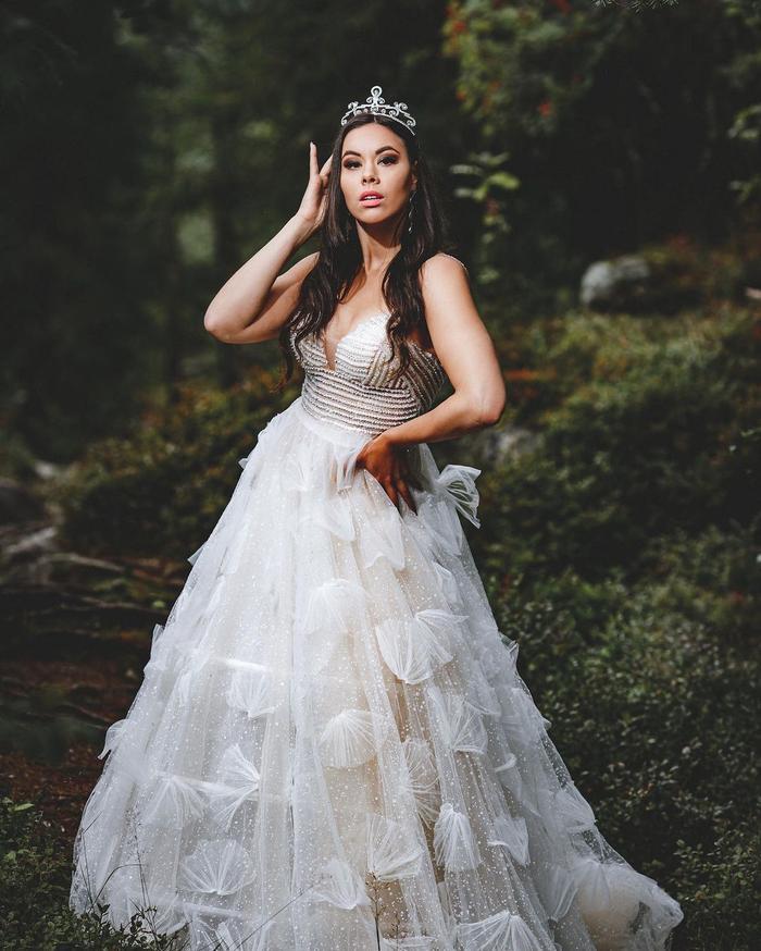 Thất bại tại Miss Earth, Emilia Lepomäki đại diện Phần Lan tại Miss World: Có làm khó được Đỗ Hà? Ảnh 2