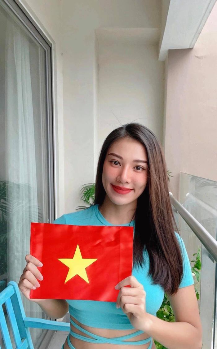 Sau lộ bảng điểm kém, Á hậu Kim Duyên học tập chăm chỉ lấy lại lòng tin của người hâm mộ Ảnh 7