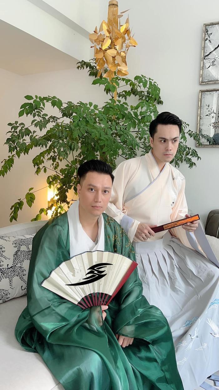 Hậu nghi vấn sống chung, Quỳnh Nga và Việt Anh cùng hóa chị Hằng chú Cuội 'hạ phàm' chơi trăng Ảnh 12