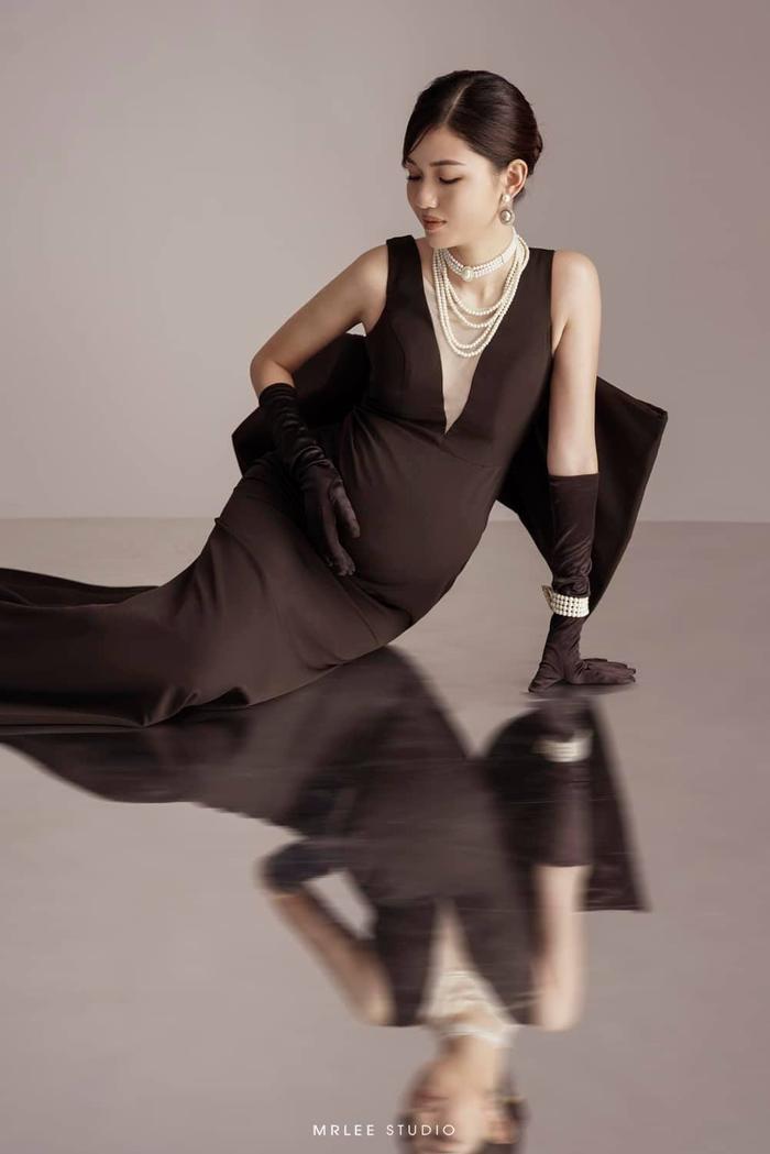 Á hậu Thanh Tú thông báo mang thai lần hai với loạt ảnh high fashion xịn mịn Ảnh 3