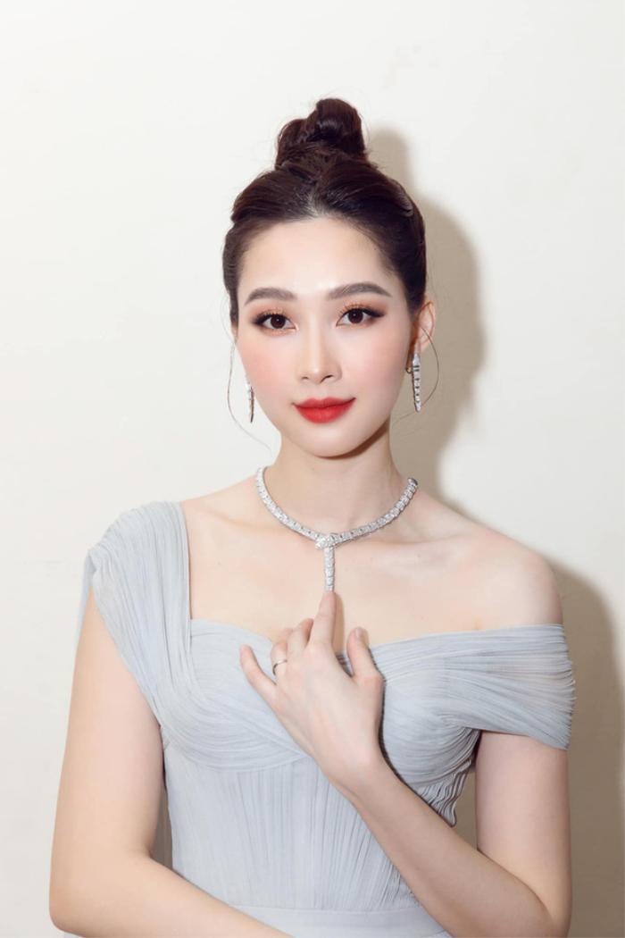 Hoa hậu Việt lùm xùm học vấn: Người chưa tốt nghiệp cấp 3, người bảng điểm toàn 'trứng ngỗng' Ảnh 7