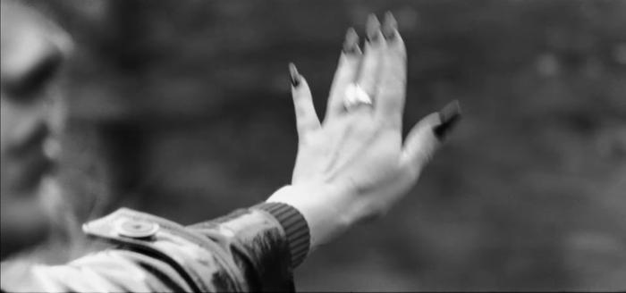 Adele nhá hàng teaser bài mới: Sẽ là bản tình ca buồn chẳng kém Someone Like You? Ảnh 20