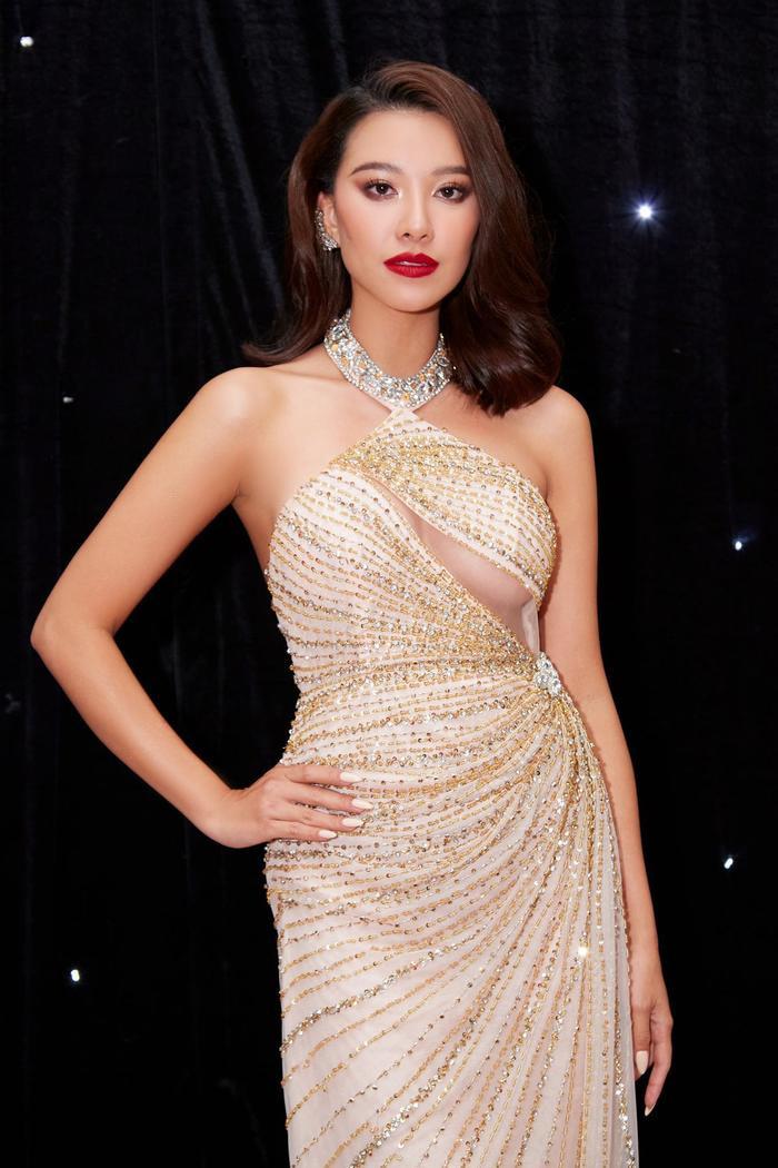 Miss Peru 2021 lộ diện sẽ đối đầu Kim Duyên: Fan sửng sốt vì 3 chị em gái đều là hoa hậu Ảnh 6