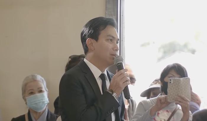 Nghe Mạnh Quỳnh hát 'Tiễn em lần cuối' tại lễ tang Phi Nhung, netizen nghẹn ngào: 'Chắc anh đau lắm' Ảnh 9