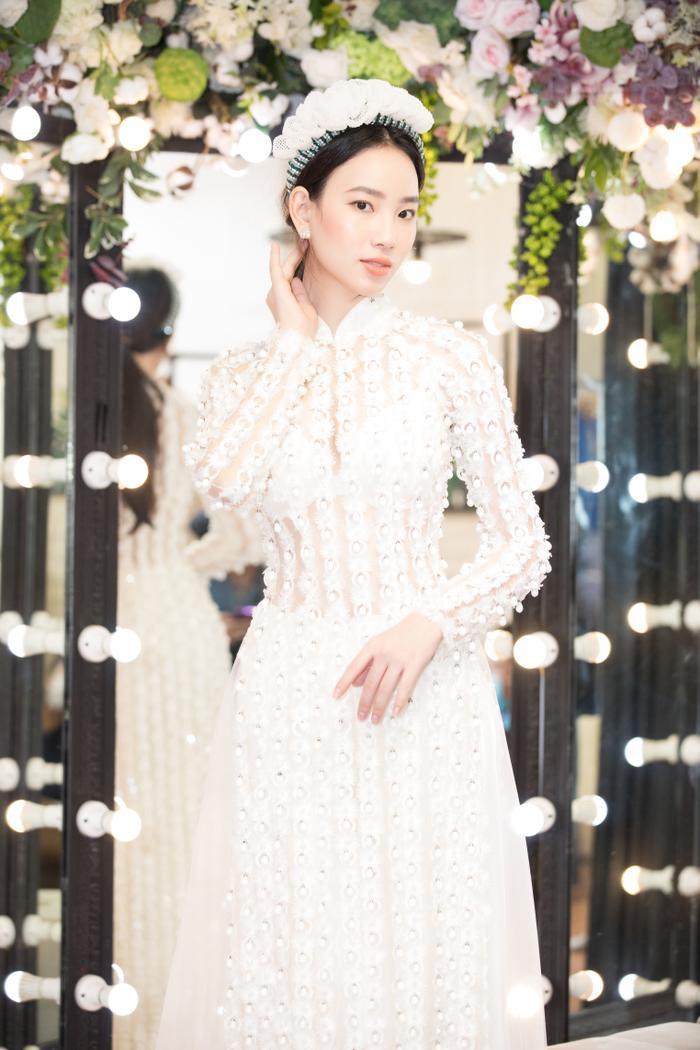 Fan hi vọng Ái Nhi làm nên chuyện tại Miss Intercontinental khi được Miss 'bấm quẻ' Ngọc Thảo truyền lửa Ảnh 8