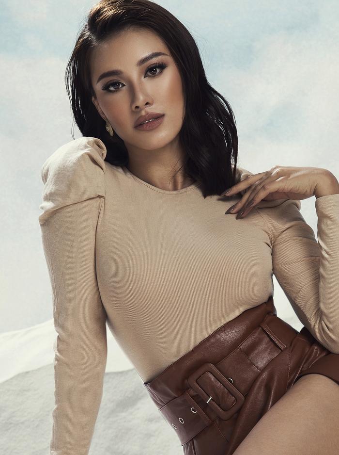 Kim Duyên vóc dáng 'căng đét' hé lộ Road to Miss Universe, H'Hen Niê đã sẵn sàng xin visa đi cổ vũ Ảnh 3